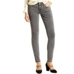 Levi's 711 Skinny Jeans soft grey size 28